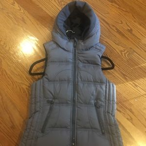 Gorgeous Lululemon Goose Down Vest - 4